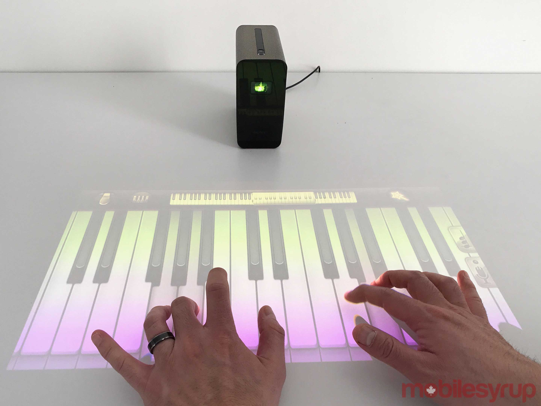 Sony анонсировала xperia touch